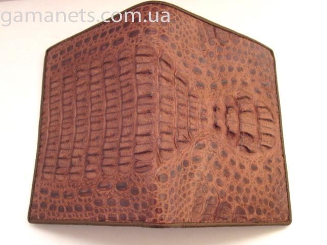 Материал: Натуральная кожа крокодила (голова)...  Мужской кошелек из кожи крокодила RIVER (HKCM 44 BR).